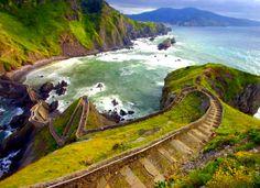 Stairway Sea Coast Sea San Juan De Gaztelugatxe Island Between Bilbao And Bermeo In The Basque Country, Spain Stairway To Heaven, Places Around The World, The Places Youll Go, Places To See, Around The Worlds, Bavaro Beach, Basque Country, Dream Vacations, Vacation Travel