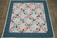 https://flic.kr/p/6GCfdy | Karyn's Double Wedding Ring | makesomething.ca/2009/07/21/double-wedding-ring-update/  Double Wedding Ring Quilt class the workroom Toronto, ON