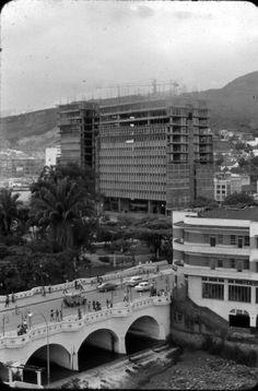 Nuñez Cami: El CAM en plena construccion del arquitecto german samper genecco construccion entre 1971-1976. Kimmel ChamatFOTOS ANTIGUAS SANTIAGO DE CALI