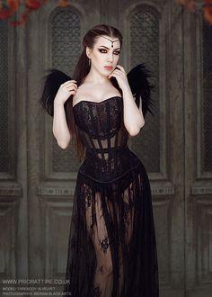 Prior Attire corset modelled by Threnody In Velvet