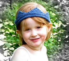 Free Knitting Pattern - Child's Play Crown from the Toys Free Knitting Patterns Category and Knit Patterns