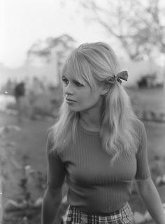 Brigitte bardot in Mexico on the set of Viva Maria, 1965