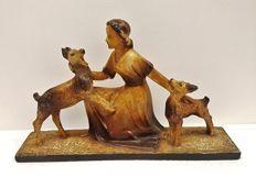 Togneri - Groot Art Deco beeld vrouw met herdershonden - ruim 5kg!