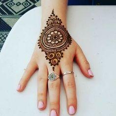 121 Simple mehndi designs for hands - mahendi - Henna Designs Hand Henna Hand Designs, Dulhan Mehndi Designs, All Mehndi Design, Mehndi Designs Finger, Henna Tattoo Designs Simple, Mehndi Designs For Beginners, Mehndi Designs For Girls, Mehndi Design Photos, Full Hand Mehndi Designs