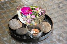 Fung Shui Tips   candle centerpiece with beach rocks