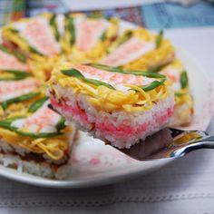 おにぎり型を使って簡単押し寿司風♡ひな祭りのちらし寿司ケーキ♪