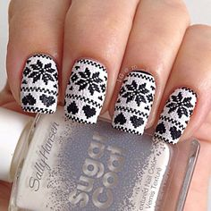 Textured Winter Nails