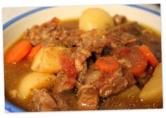 No Ordinary Moments: Yummy Beef Stew. Once with chicken, once with stew beef. Definitely liked the chicken better. Do not skip the bacon or the Italian dressing - they are key flavor ingredients! Crockpot Dishes, Crock Pot Cooking, Slow Cooker Recipes, Soup Recipes, Dinner Recipes, Cooking Recipes, Dinner Ideas, Recipies, Slow Cooker