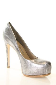 POUR LA VICTOIRE Silver Metallic Leather Irina Classic Pumps Sz 8.5 M
