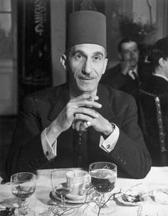 Mohamed Hassanein Pasha, First Chamberlain to the King of Egypt 1940 King Queen Princess, Old Egypt, Light My Fire, Alexandria, Love Art, Old Photos, Egyptian, Royals, The Past