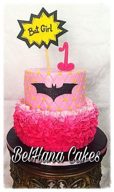 Batgirl cake pink batman