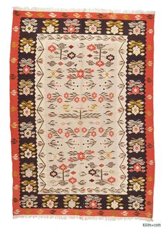 Vintage Romanian Kilim around 40 years old and in good condition. The restoration fee is included in the price. Persian Rug, Turkish Rugs, Boho Decor, Bohemian Rug, Ethnic Patterns, Floor Rugs, Kilim Rugs, Rugs Online, Vintage Rugs