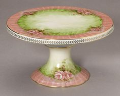 BEAUTIFUL VINTAGE STYLE PINK ROSES PORCELAIN CAKE PLATE,11''DIAMETER.