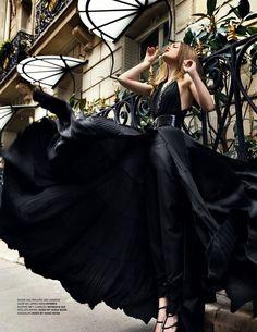 Dress of the Day! Black Stunner!
