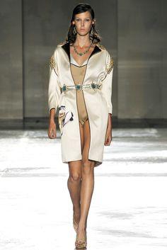 Prada Spring 2012 Ready-to-Wear Fashion Show - Ruby Aldridge