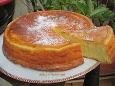 Migliaccio gustosa torta di ricotta e semolino