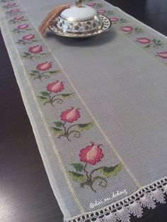 Lovely floral/roses cross stitch embroidered tablecloth in white linen from Sweden Cross Stitching, Cross Stitch Embroidery, Hand Embroidery, Cross Stitch Patterns, Embroidery Designs, Halloween Logo, Towel Crafts, Drawn Thread, Crochet Edgings