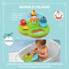 Já comprou o presente de natal do seu bebê? Nossa dica de hoje é o Bubble Island. Bubble Island é um centro de atividades para entreter os bebês na hora do banho ou na piscina. Possui diversas atividades manuais: uma rampa para os peixes deslizarem e um moinho que cria efeitos na água.  Os bebês podem pressionar o polvo para ativar bolhas de sabão mágicas, que saem do vulcão. É diversão garantida para os bebês! Prático & Versátil: Ótima opção para levar na  (...)
