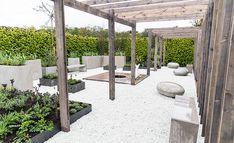 Rustiek en stijlvol terras in je tuin met wit split.