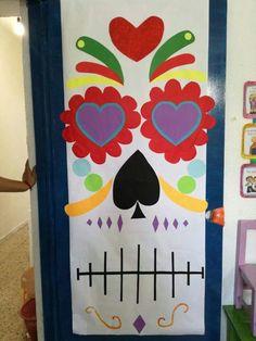Fall Halloween, Halloween Crafts, Holiday Crafts, Happy Halloween, Halloween Party, Halloween Eyes, Construction Theme Classroom, Classroom Themes, School Door Decorations