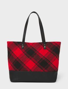 There's something about buffalo plaid that gets us in the festive mood, which is why we'll be trading in our everyday bag for this spacious one for the rest of the year. Burberry Handbags, Tote Handbags, Purses And Handbags, Fabric Wallet, Fabric Bags, Plaid Purse, Textiles, Everyday Bag, Cute Bags
