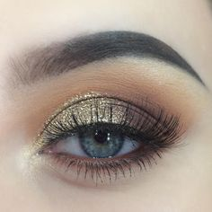 "311 Likes, 1 Comments - alice (@alicekingmakeup) on Instagram: ""simple gold look✨ - I might do a YouTube video on this!! - - @makeupgeekcosmetics eyeshadows -…"""