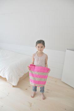 Neon Pink Rotondo Bag by 7AM Enfant