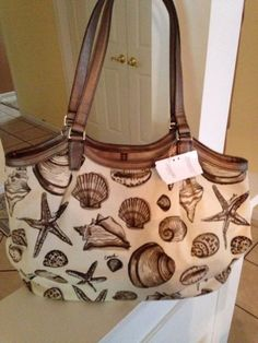 NWT Coach F29063 Shell Print Shoulder Bag!. Starting at $1 on Tophatter.com!