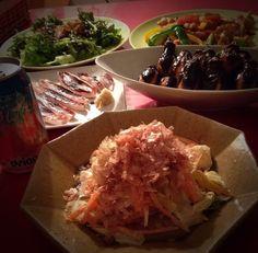 昨日の晩ごはん〜 お野菜たくさん食べましたよ〜  おかなちゃんの白菜サラダは1/2個で、 我が家はちょうどいいです  ・イカの一夜干し ・鎌倉野菜サラダ ・鶏肉とカシューナッツ炒め ・茄子の挽肉挟み揚げ(おうちコープ) - 160件のもぐもぐ - おかなさんの料理                          お箸が止まらない♪                          白菜のサラダ♡ by 1125shino