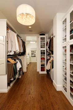 Bathroom/closet combo...This is my dream closet!!