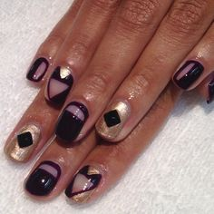 Black and gold negative space by Hey Nice Nails
