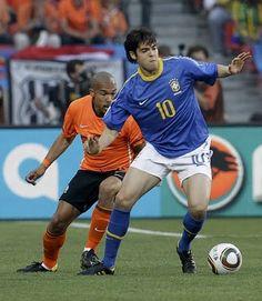 2010 World Cup: Netherlands 2 Brazil 1