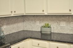 Not So Newlywed McGees: Tiling our Backsplash: Part 2