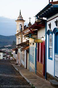 Mariana/ Minas Gerais, Igreja Nossa Senhora do Carmo - Brazil - Em frente a casa de TD.
