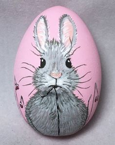 Hand painted Easter Egg, perfect for your chi. - marla center - Hand painted Easter Egg, perfect for your chi. Hand painted Easter Egg, perfect for your childs Easter Basket! All pieces are created by hand, - Pebble Painting, Pebble Art, Stone Painting, Painting Eggs, Painting Art, Egg Rock, Easter Paintings, Easter Egg Designs, Rock Painting Designs