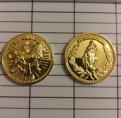 John Wick Gold coins Keanu Charles Reeves, Keanu Reeves, John Wick Coins, Rp Ideas, Atomic Blonde, Baba Yaga, Stuff And Thangs, Movie Props, Gold Coins