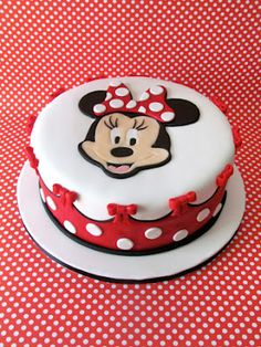 Maddies name instead of Minnie's face on top