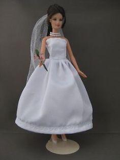 Vintage Wedding. €5. Zelfgemaakte Barbie kleding te koop via Marktplaats bij de advertenties van Nala fashion. Homemade Barbie doll clothes (OOAK) for sale through Marktplaats.nl Verkocht/Sold