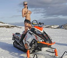 Hot-Polaris-Snowmobiler