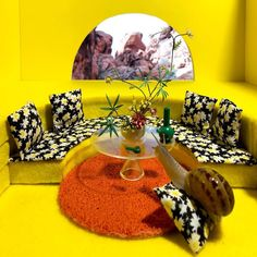 aleia murawski and sam copeland create miniature worlds for their pet snails taking inspiration from Cute Funny Animals, Cute Baby Animals, Pet Snails, Girls Apartment, Snail Art, How To Make Terrariums, Take A Shower, Girls Club, Foto E Video