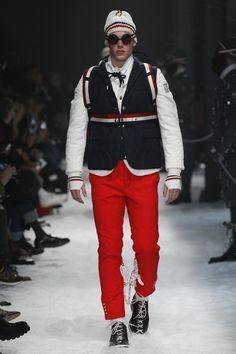 rope webbing pattern Moncler Gamme Bleu Fall 2017 Menswear collection.