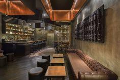 Flask Cocktail Bar Shanghai: durch den Cola-Automat in eine der coolsten Bars der Welt - GQ
