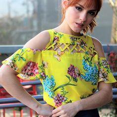 Blusa estampa floral com ombros vazados e detalhes no decote #CiaK #CiaKOficial #fashion #FreshSummer #ModaFeminina #NewCollection #Summer #Summer18