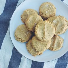 Makes about 24 cookies 1 1/2 cups gluten free flour (if the flour doesn't include xantham gum, add 3/4 teaspoon) 1/2 teaspoon sea salt 1 teaspoon baking powder 1 cup natural peanut butter or almond butter if you prefer 1 cup high qu.