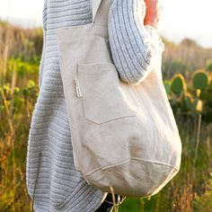 Farmers Market Bag..this makes me wish I could work at a Farmer's Market again. =}