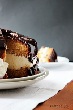 Cake from Gordon Ramsay with ginger cream.