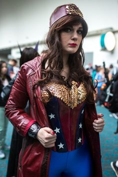 Steampunk Wonder Woman, by Molly McIsaac | SDCC 2013 #Cosplay