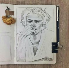 art as art Arte One Direction, One Direction Drawings, Sketchbook Drawings, Drawing Sketches, Desenho Harry Styles, Harry Styles Drawing, Harry Styles Wallpaper, Realistic Drawings, Painting & Drawing