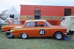 Ready to compete in a race named after their father, Tom and Henry Mann have brought Alan Mann Racing back to life. Sports Car Racing, Race Cars, Auto Racing, Mustangs, Nascar, Autos Ford, Ford Motorsport, Car Man Cave, Lotus Car