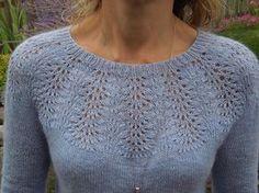Smaragd pattern by Svetlana Volkova - Knitting patterns, knitting designs, knitting for beginners. Sweater Knitting Patterns, Lace Knitting, Knitting Stitches, Knitting Designs, Knit Patterns, Knitting Projects, Knitting Sweaters, Pretty Patterns, Mode Crochet
